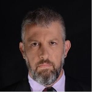 Yuval Raiz